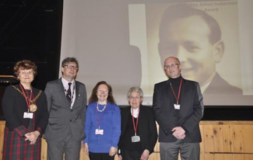 Councillor Sylvia Emmott, Deputy Head Mick Gallop, Caroline & Shirley Huberman & Trevor Avery